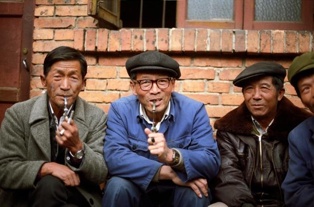 Smokers in Hong Kong